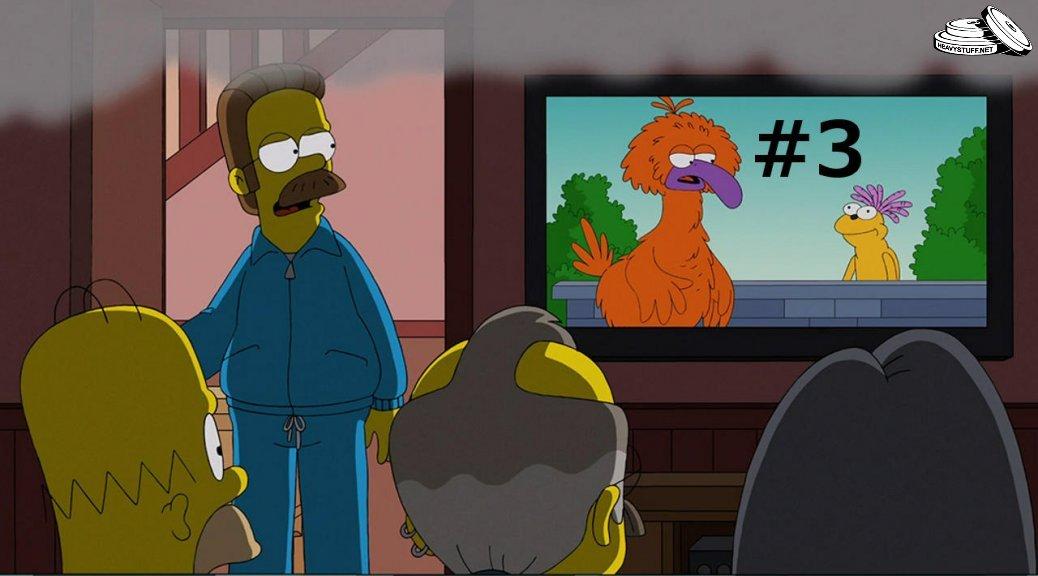 homer-watching-tv-3