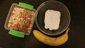 cottage-cheese-oatmeal-banana