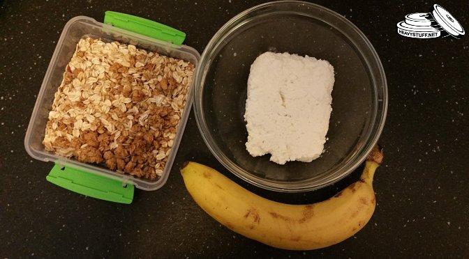 cottage-cheese-oatmeal-banana